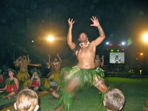 Nuka Hiva dancing performance...awesome!