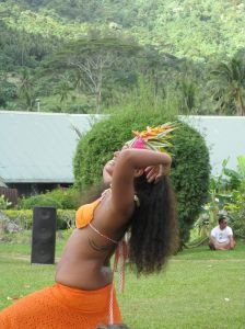 beautiful Moorea dancer